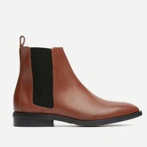 Everlane The Modern Chelsea Boot (size 8 Oxblood)